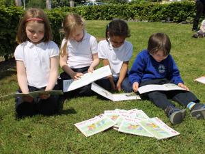 Reading in knocknacarra